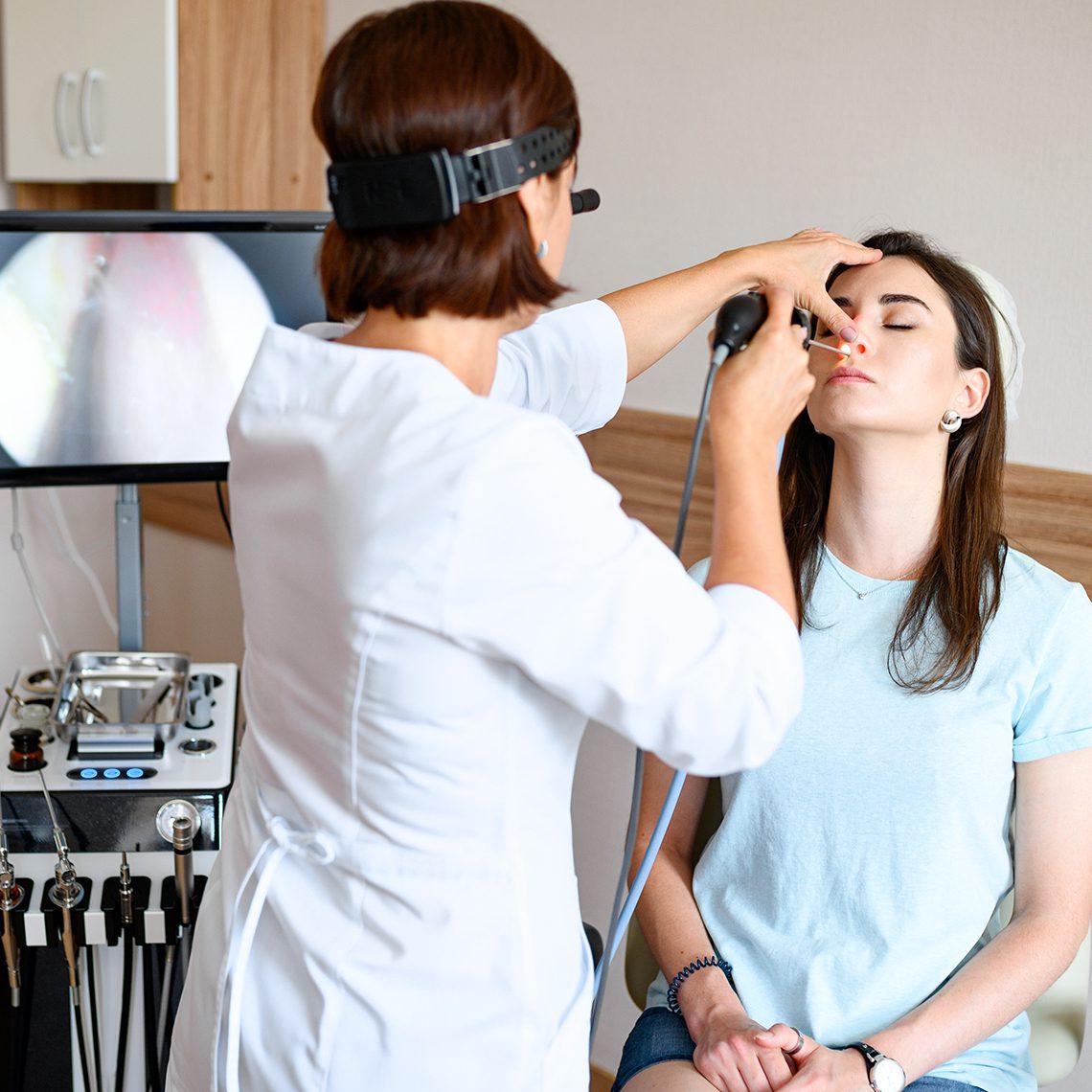 Прием врача оториноларинголога и  видеоэндоскопия (гибким эндоскопом)